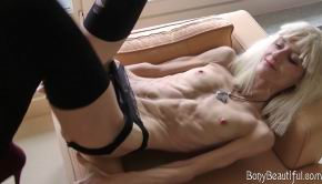 Beautiful Skinny Veronika's Perfect Abs